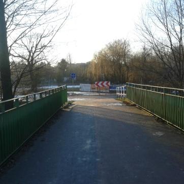 Z mostu znów widok - droga ku Zemborzecom...