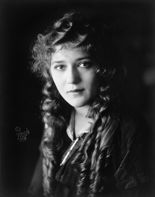 Mary_Pickford_cph.3c17995u