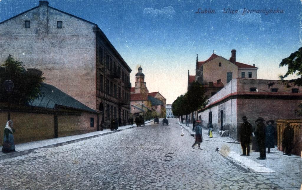 25 kwietnia, tą właśnie ulicą, przejdzie do Gabinetu procesja z darami.